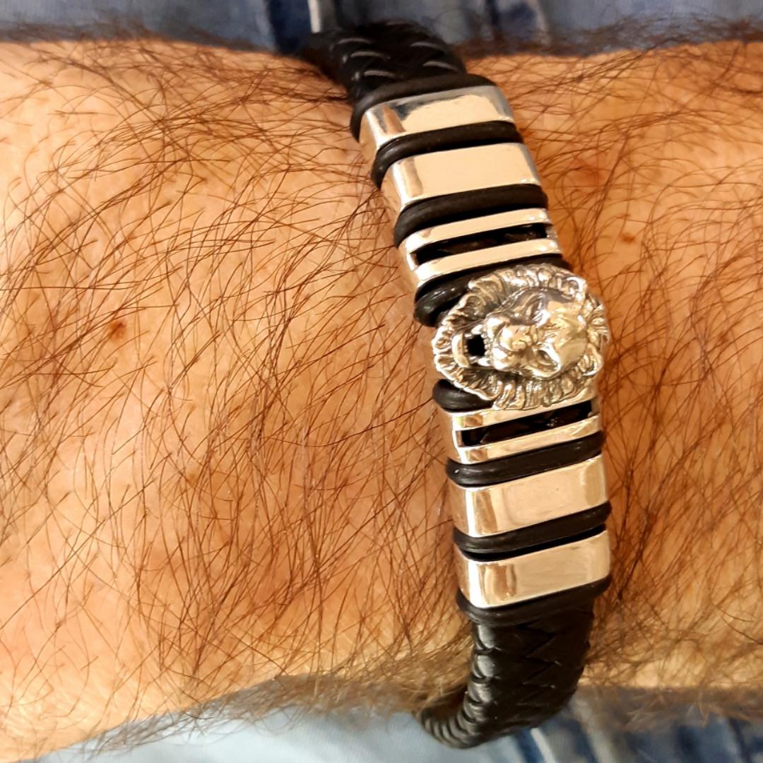 Мужской серебряный браслет с кожей Лев