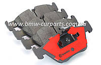 Передние тормозные колодки на BMW 5 E60 Brembo