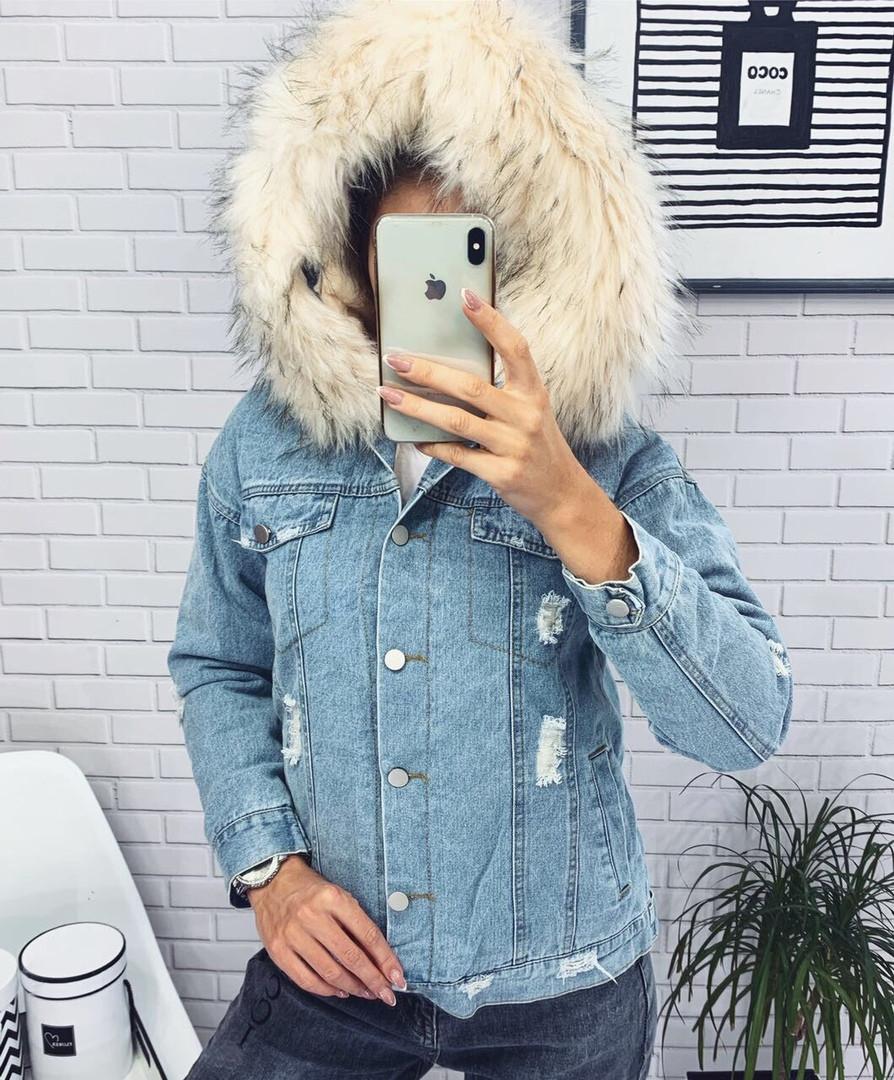 Женская зимняя джинсовая куртка с капюшоном (мод. 627) Цвет меха белый, розовый, фото 1