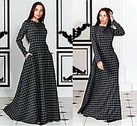 Трикотажное платье в клетку
