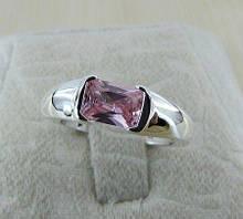 Кольцо женское с камнем покрытие