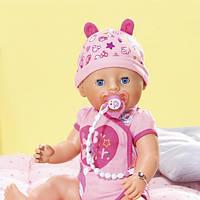 """Кукла BABY BORN серии """"Нежные объятия"""" - ОЧАРОВАТЕЛЬНАЯ МАЛЫШКА (43 см, с аксессуарами) 824368"""