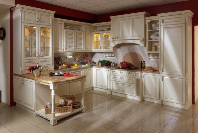 """Классическая кухня, дворцовый стиль, слоновая кость с золотой патиной - """"Роял классик"""" от Woodform"""