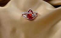 """Кольцо с красным камнем ,в виде """" сердечка"""""""