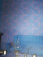 Шпалери вінілові на флізелін Marburg 82127 Felicita абстракція пір'я червоні, бордові на темно синьому, фото 1