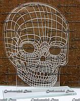 Статуэтка из стекла Череп