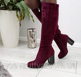 Чоботи жіночі бордові зимові екозамшеві на каблуку