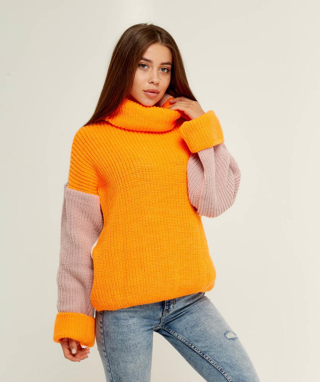 Комбинированный вязаний свитер