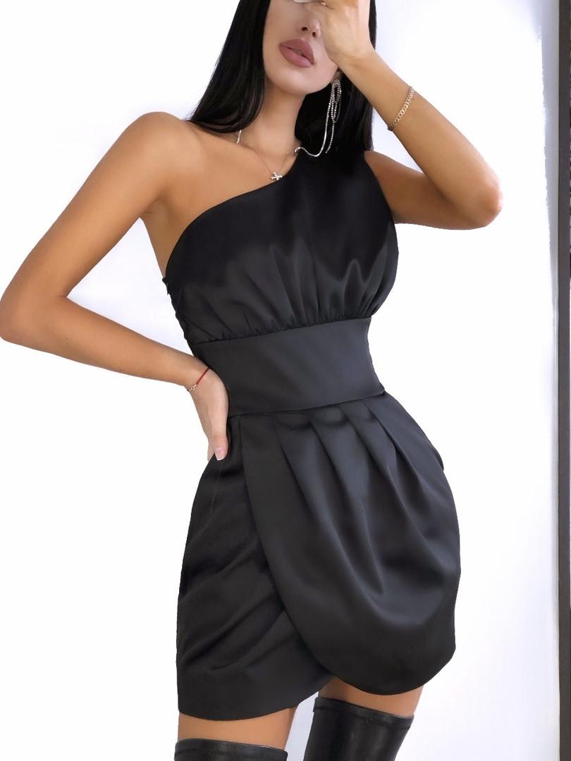 Женское сногшибательное шелковое платье с открытым плечиком,черного цвета