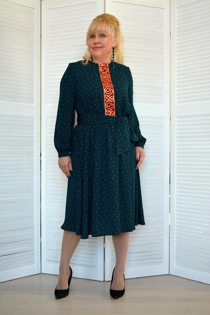Платье темно-синее в горошек - Модель 1806-1