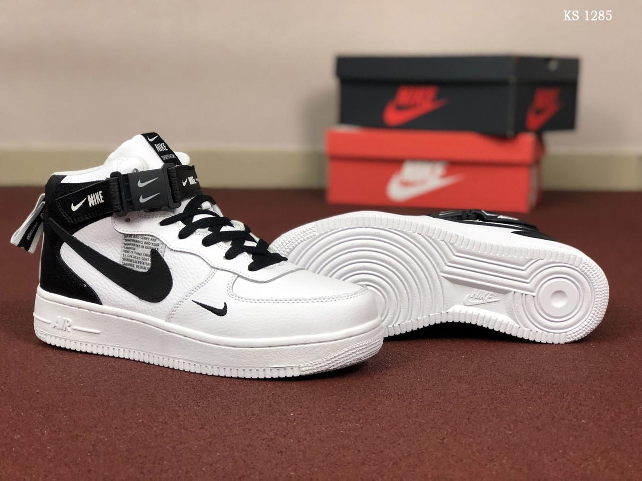 Мужские кроссовки Nike Air Force (бело-черные) ЗИМА