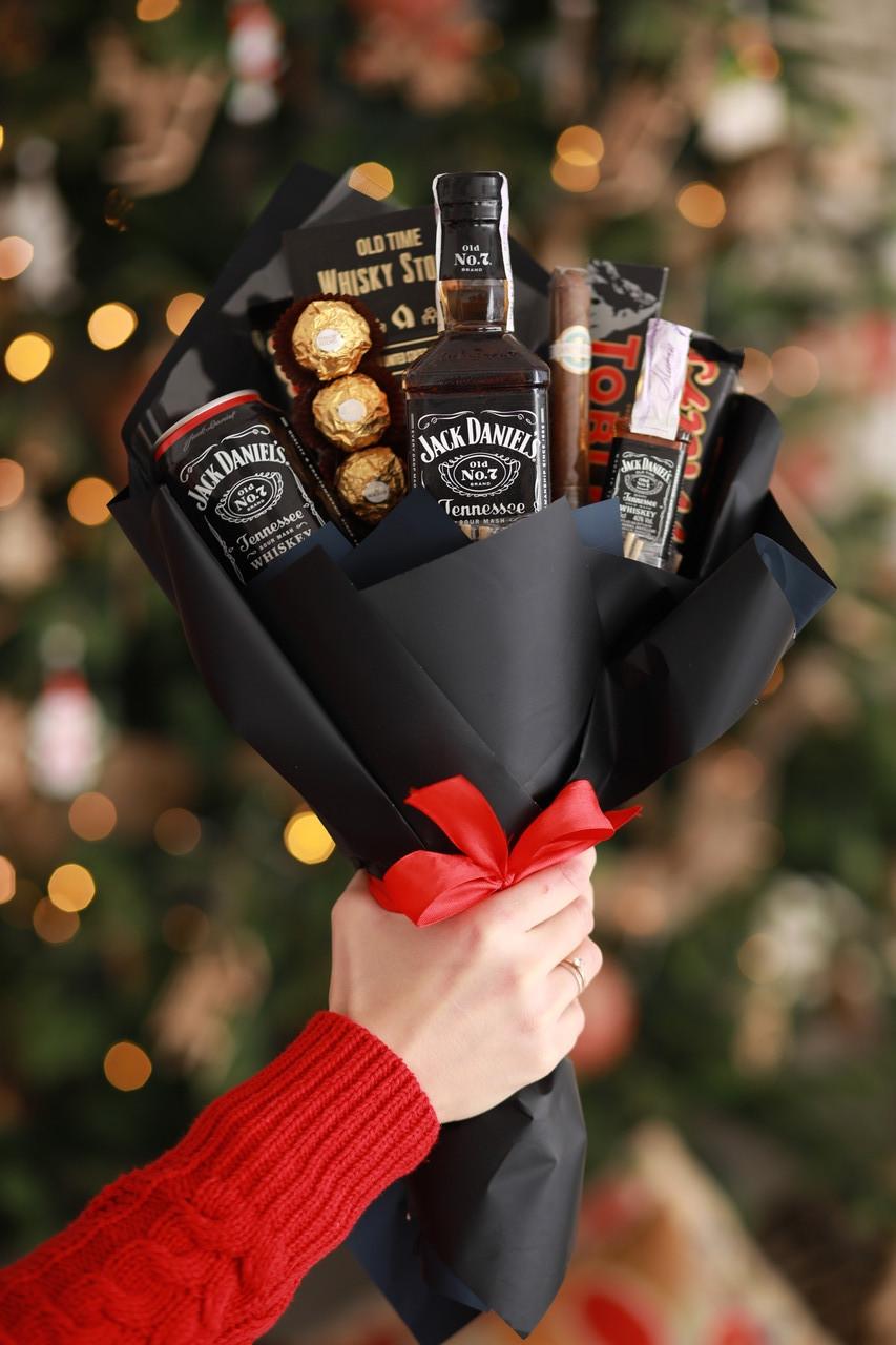 Букет для мужчин из алкоголя подарок на День Рождения