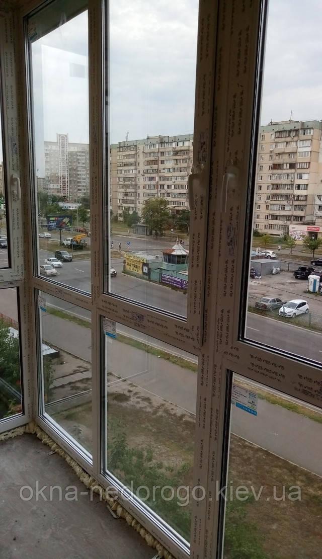 Французское остекление Г-образного балкона в Киеве