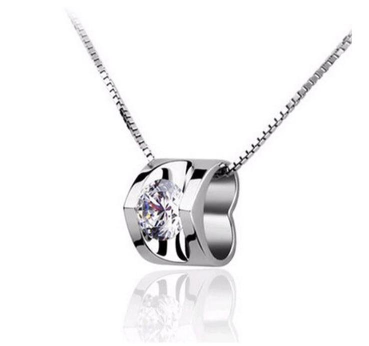 Серебряный кулон сердечко с белым камнем стерлинговое серебро 925 проба кулончик
