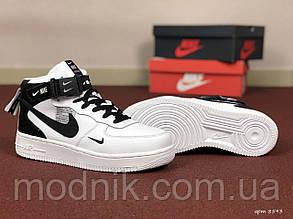 Женские зимние кроссовки Nike Air Force (бело-черные)