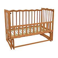 Кроватка детская деревянная для новорожденных Волна с маятником и откидным бортиком Ольха светло-коричневая