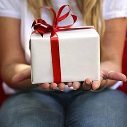 Изготовление сладкого подарка на заказ