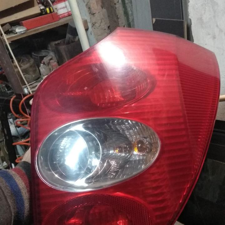 Б/у Лівий/Правий задній ліхтар Renault Laguna II універсал 8200002472