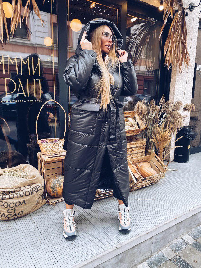 Длинное зимнее плащевое женское Пальто с объемным капюшоном и карманами 18pt258