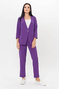 Женский классический фиолетовый однотонный женский костюм: жакет на одну пуговицу и зауженные брюки