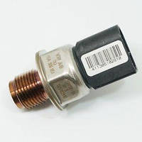 05A906051 Датчик давления топлива Новая