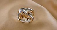 Богатое женское кольцо.