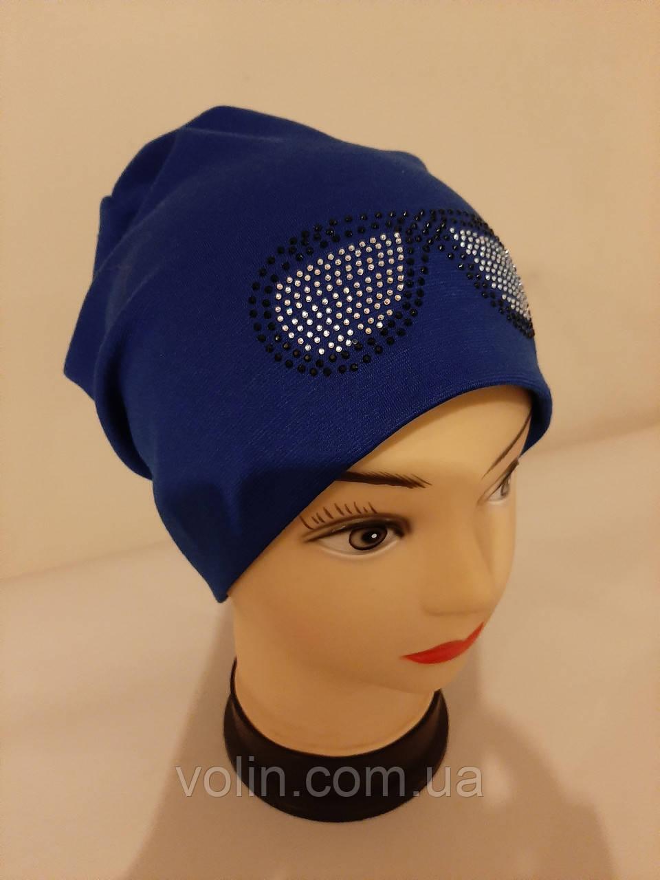 Женская трикотажная шапка .