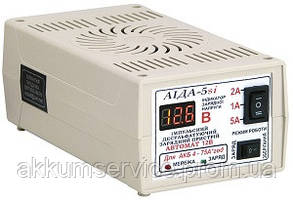 """Автоматичний зарядний пристрій """"АЇДА 5si"""" АКБ 12В 4-75А*год"""