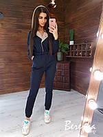 Теплый женский комбинезон на флисе с капюшоном и контрастной отделкой 66msp814Q