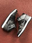 Мужские кроссовки Nike Air Jordan 1 Retro (серо-черный), фото 5