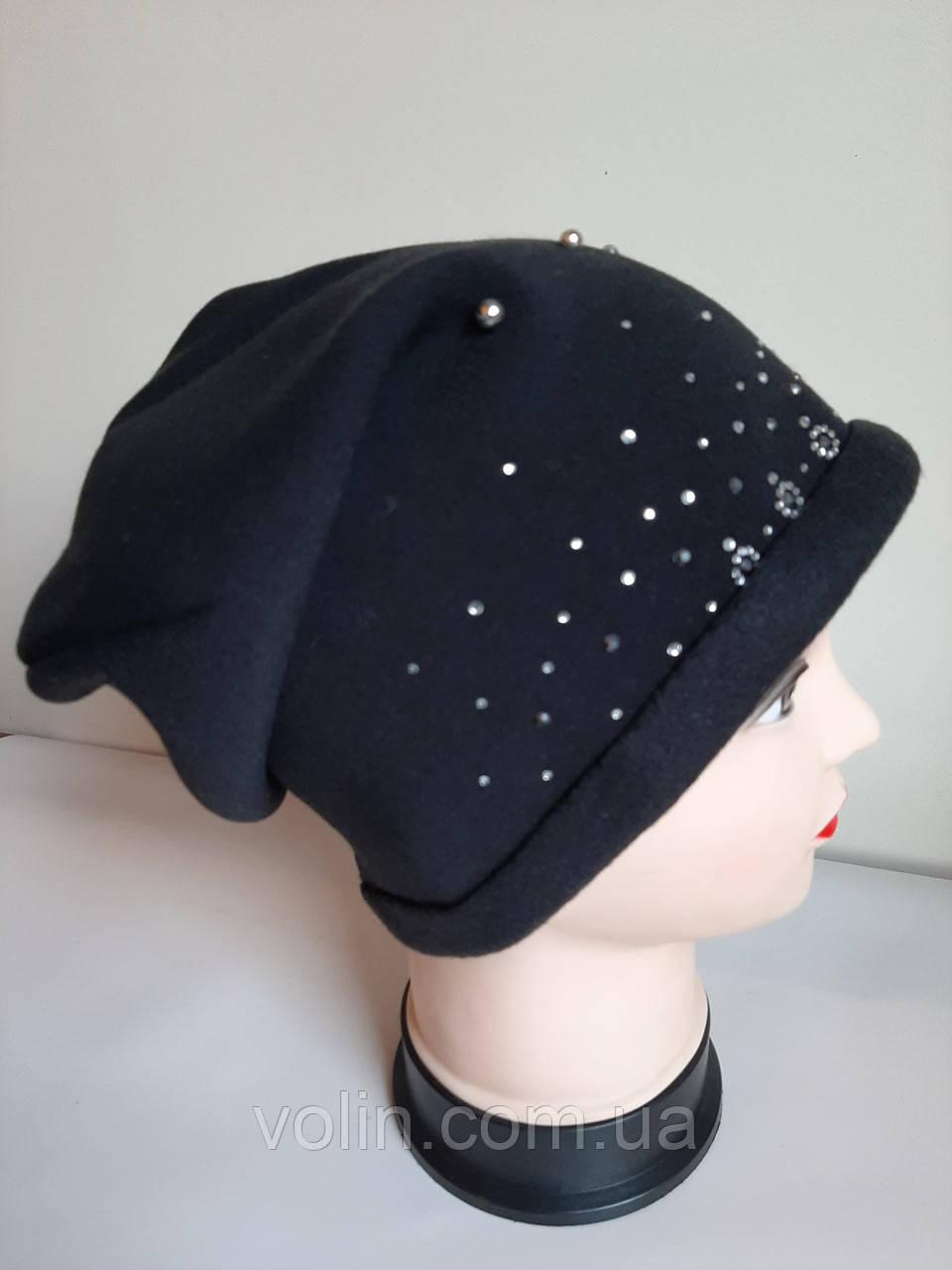 Женская польская шапка бини.