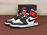Мужские кроссовки Nike Air Jordan 1 Retro (черно-бело-красные), фото 3