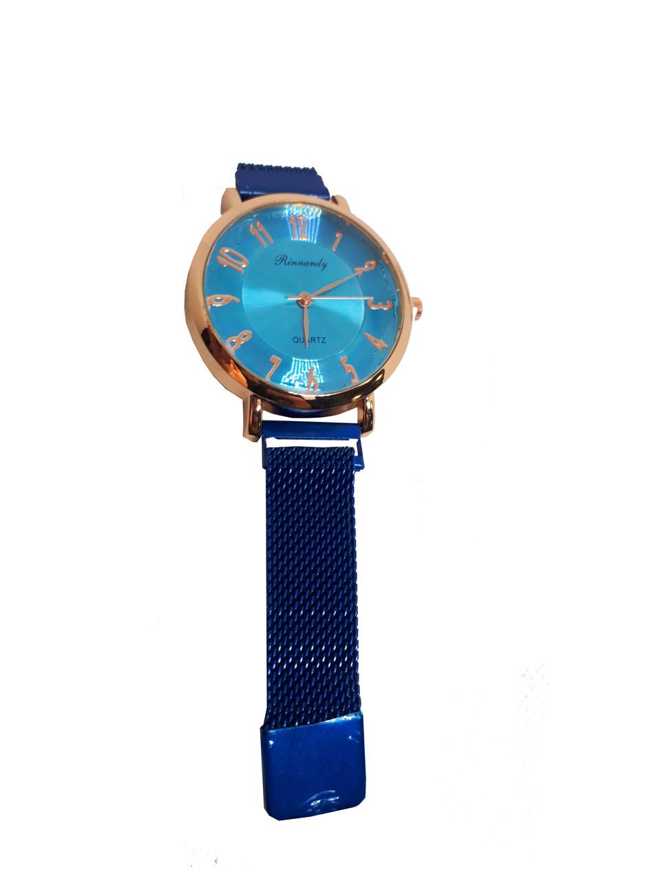 Часы кварцевые  Rinnady Arabi с камнями на  магнитном браслете . Синий.