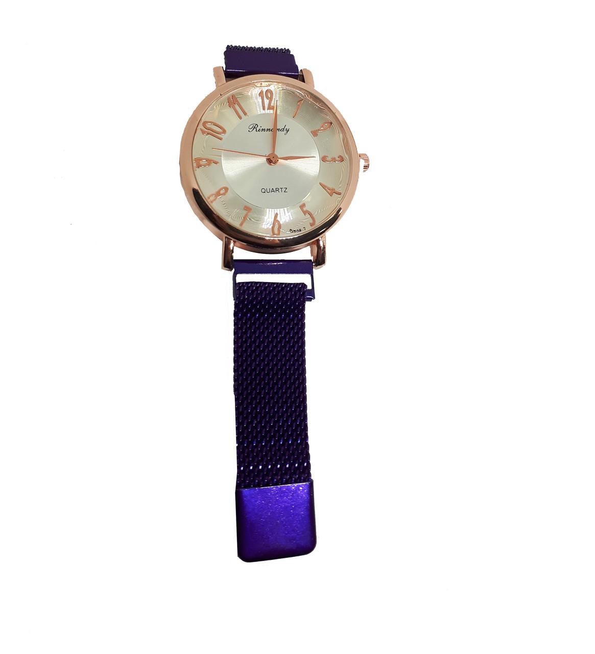 Часы кварцевые  Rinnady Arabi с камнями на  магнитном браслете . Фиолетовый