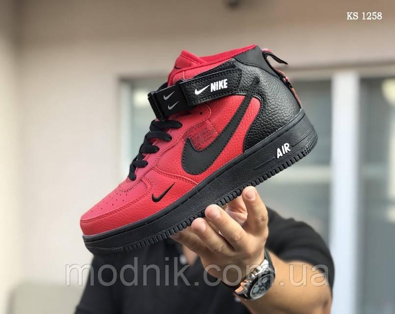 Мужские зимние кроссовки Nike Air Force 1 LV8 High (красно-черные)
