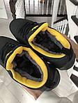 Женские зимние кроссовки Adidas Sharks (черно-оранжевые), фото 2