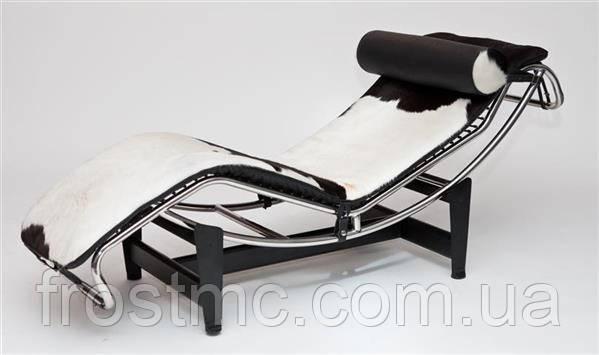 Шезлонг LC4 Chaise Longue, получивший прозвище «машина для расслабления» (relaxing machine)