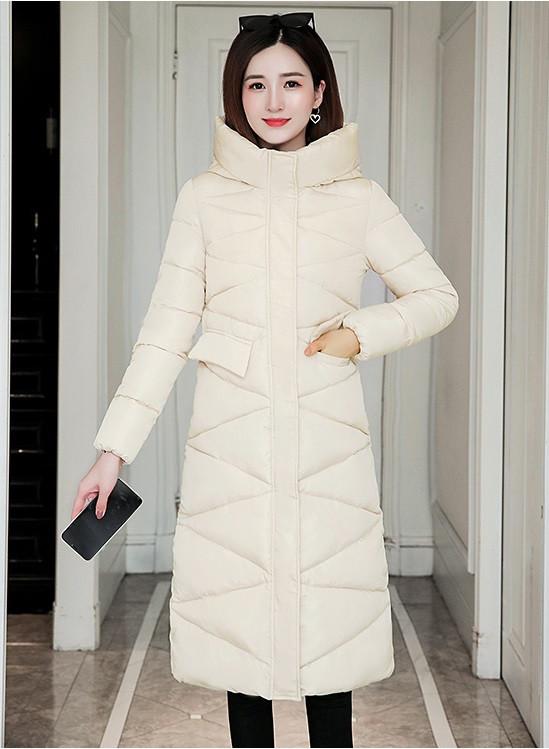 Женское стеганое зимнее пальто пуховик с капюшоном белое