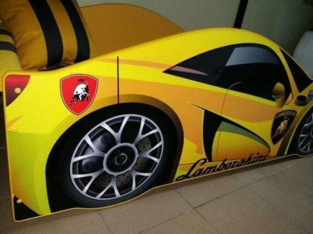 Кровать детская машина серии Elit Е-3 Lamborghini yellow (Фото 3)