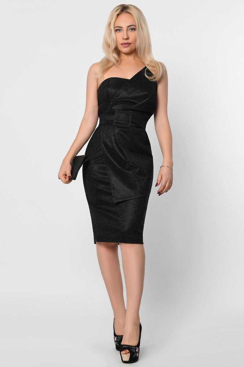 Коктейльное платье-футляр с открытыми плечами черное