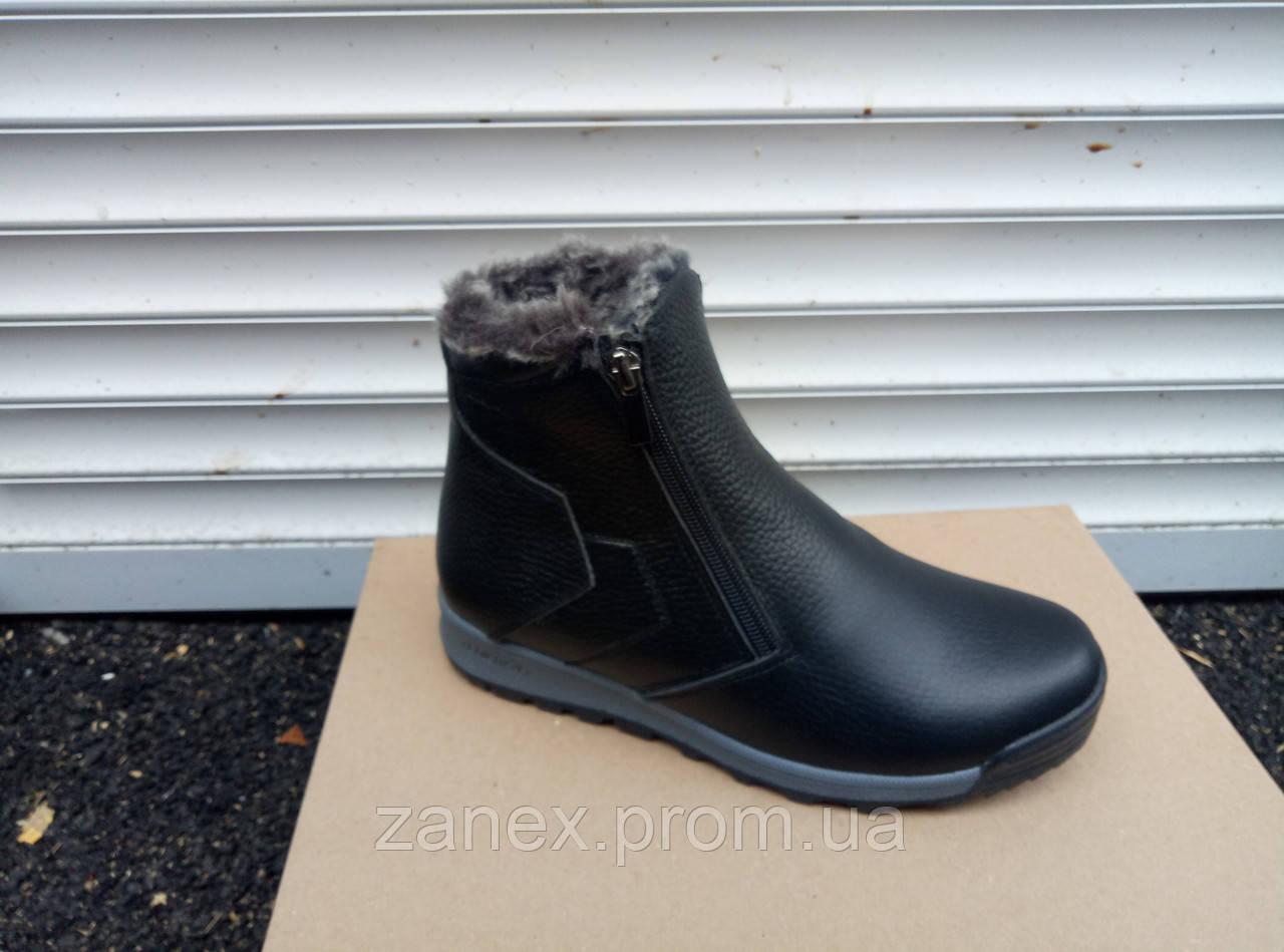 Ботинки мужские зимние, очень теплые, натуральный мех и кожа (черные)