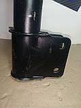 Амортизатор передний левый Peugeot 308 07-11 Пежо 308 KYB 333769, фото 3
