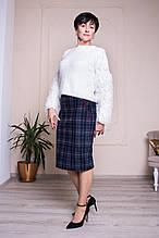 Прямая женская юбка с бордовыми вставками