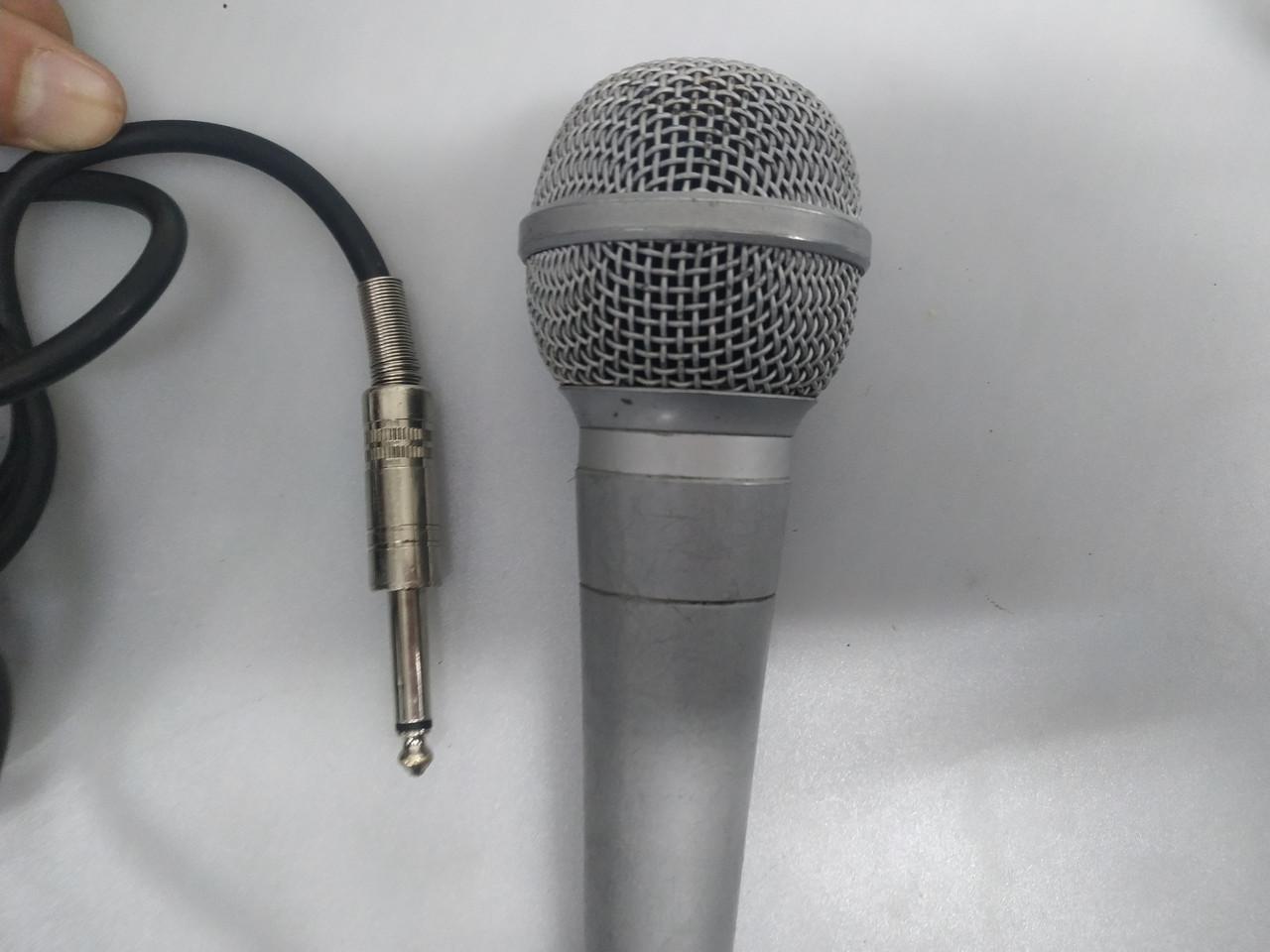 Динамический микрофон LG IMP 600 наклейка