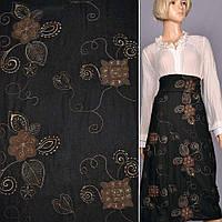 Ткань костюмная черная с бежевой вышивкой и замшевыми аппликациями, ш.150 ( 11927.001 )