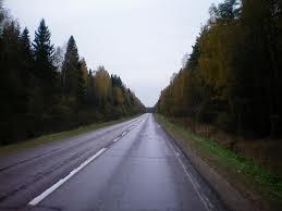 Советы по вождению в дождливую погоду