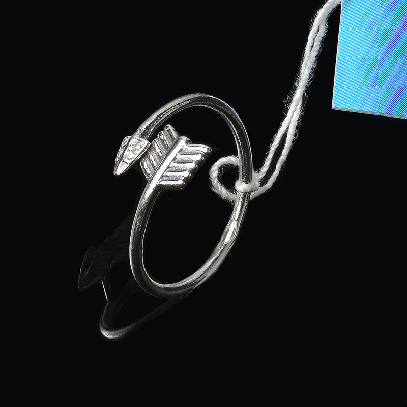 Серебряное кольцо универсального размера Стрела