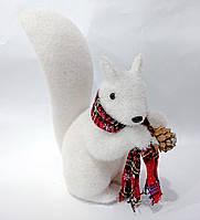 """Новогодняя декоративная фигура """"Белка в шарфе"""" 28 см"""