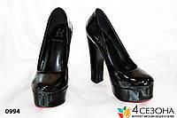 Женские туфли черные на широком каблуке ,гланец