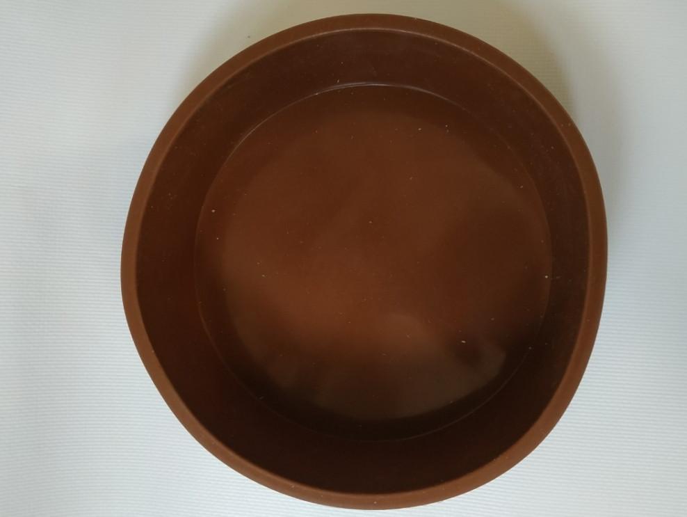 Форма силиконовая круглая с бортиками d 15,5 см